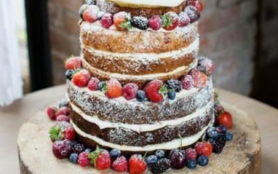 5 powodów, dla których warto samemu upiec tort
