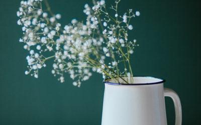 Emaliowane dzbanki na kwiaty, świetny prezent na Dzień Mamy!