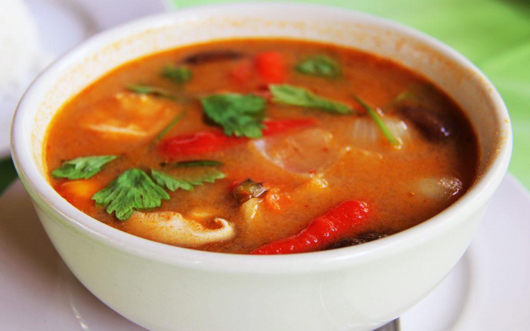 Wegańskie curry w garnku emaliowanym