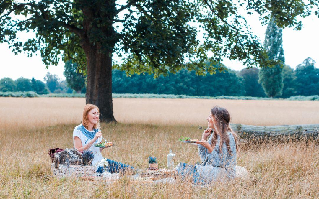 6 smacznych przekąsek na piknik z rodziną