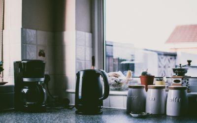 Jak wybrać dobry czajnik elektryczny?
